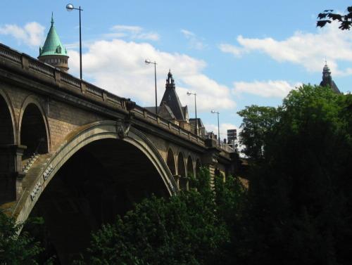 Pont Aldophe